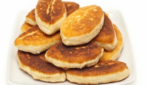 Пирожки на фурна с яйца