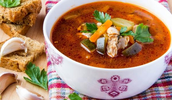 Пилешка супа със зеленчуци