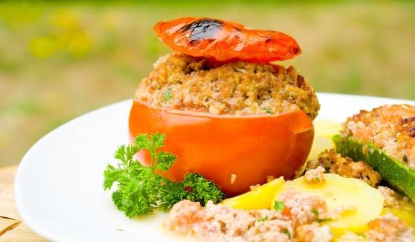 Пълнени домати с телешко месо