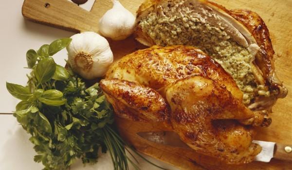 Пиле със зелен лук